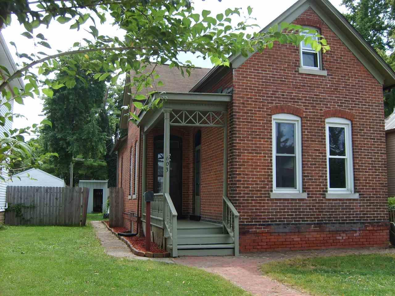 603 Kinsmoor, Fort Wayne, IN 46807