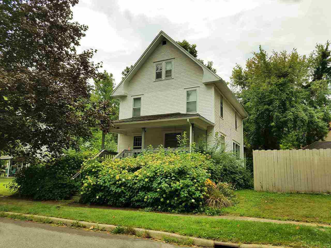 511 W Prospect St Angola, IN 46703
