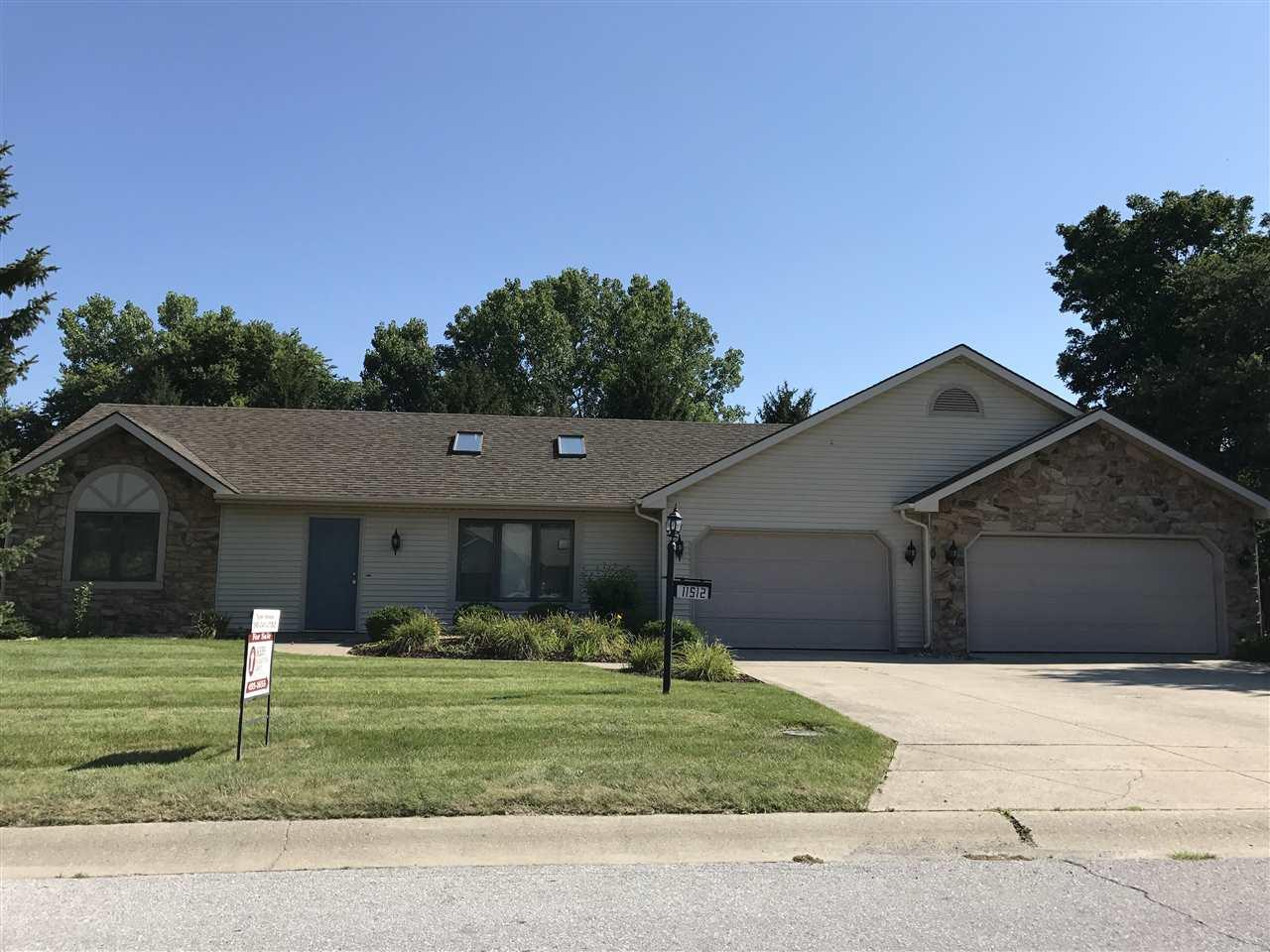 11510 Yellowstone, Harlan, IN 46743