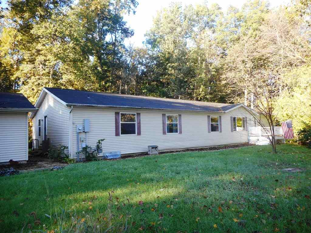 2461 S Southwood, Warsaw, IN 46580