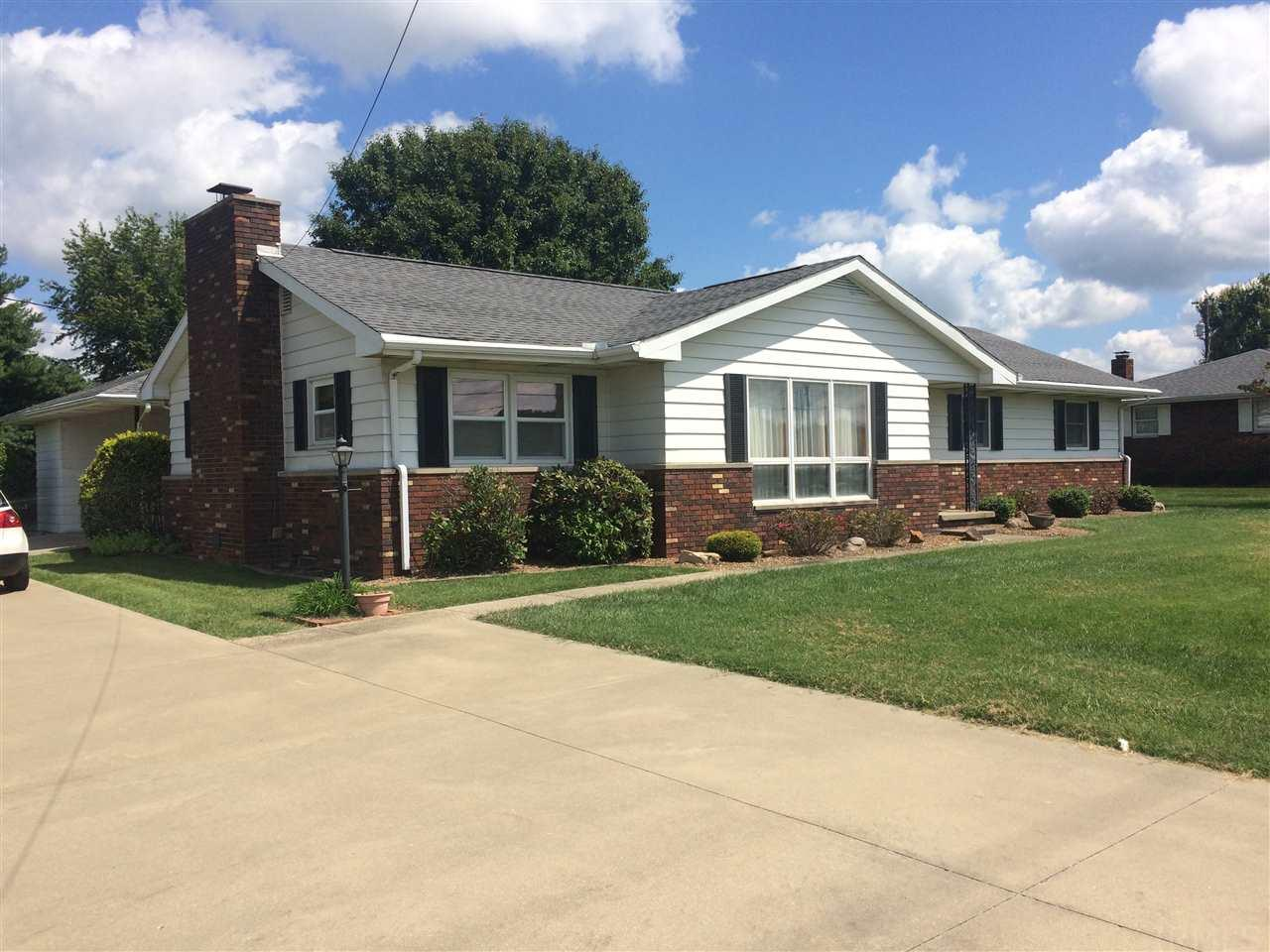 304 E Sunset, Huntingburg, IN 47542