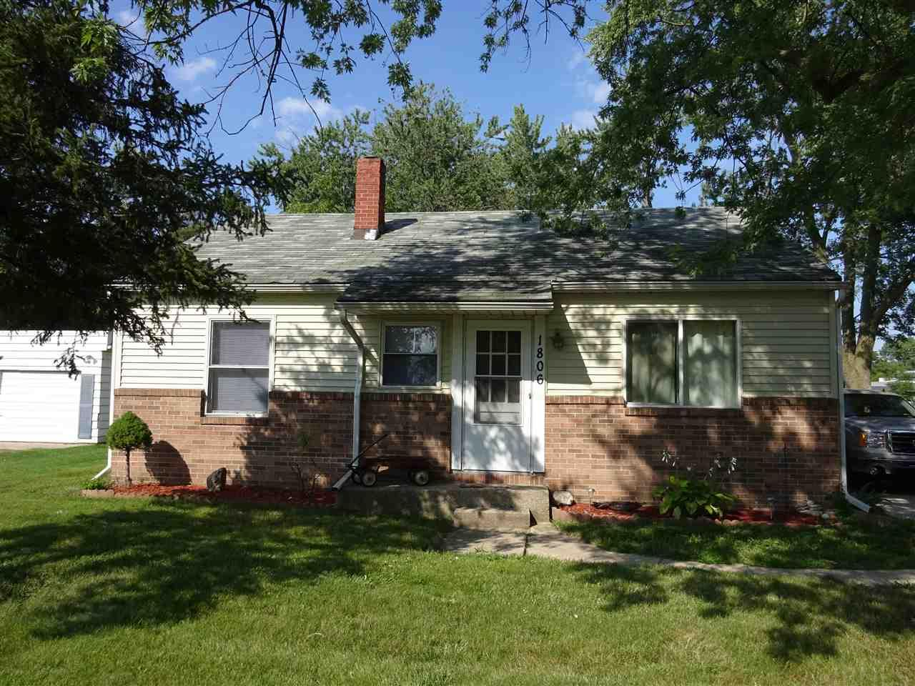 1806 Lincolnway East, Goshen, IN 46526
