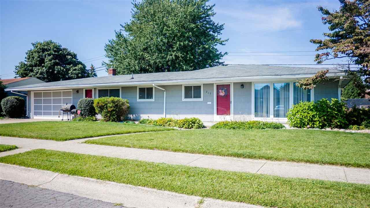 215  Eunice South Bend, IN 46615