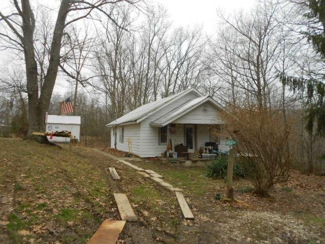 7352 E Pine Grove, Bloomington, IN 47401