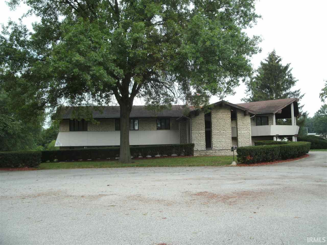 309 Dawn Estates Dr., Middlebury, IN 46540