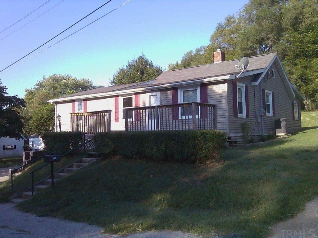 332 N CAVINS ST, Bloomfield, IN 47424