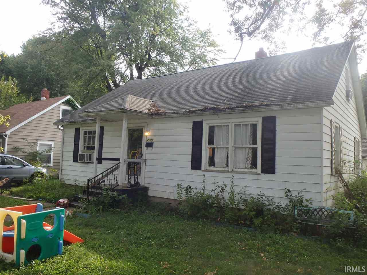 2701 S ALVORD, Evansville, IN 47714