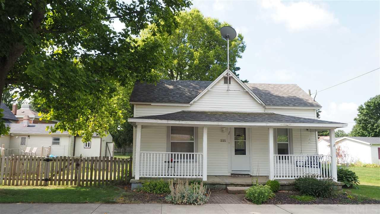 225 W Sparks, Markle, IN 46770