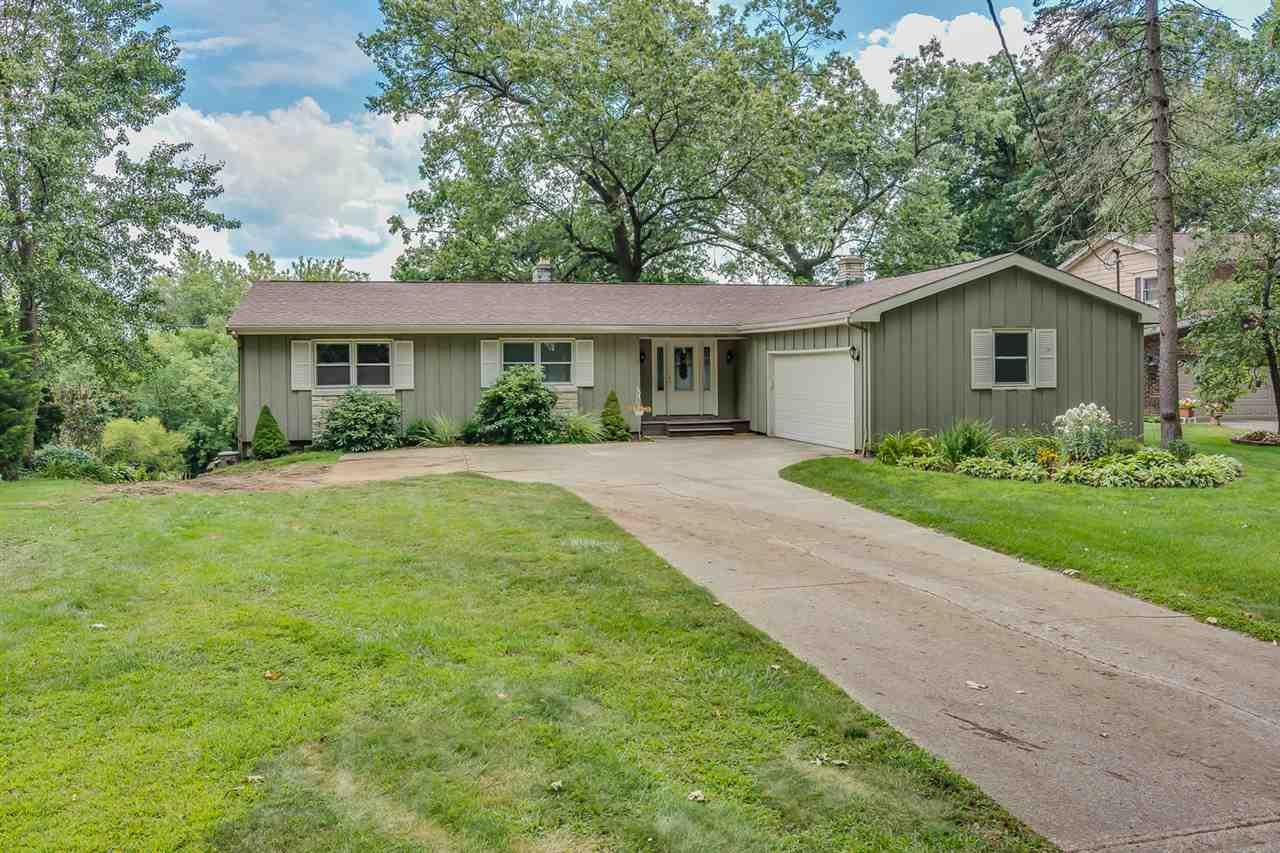 28740 Oakwood, Elkhart, IN 46514