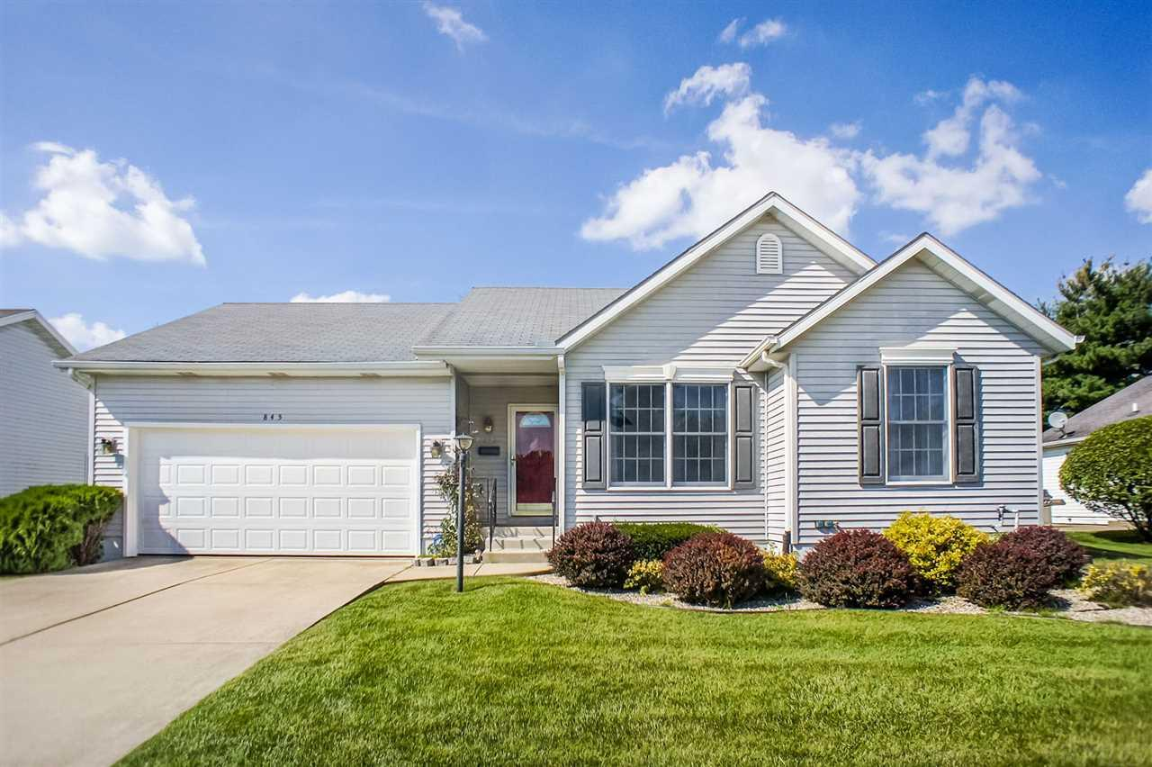 845 Eagle Cove, South Bend, IN 46614
