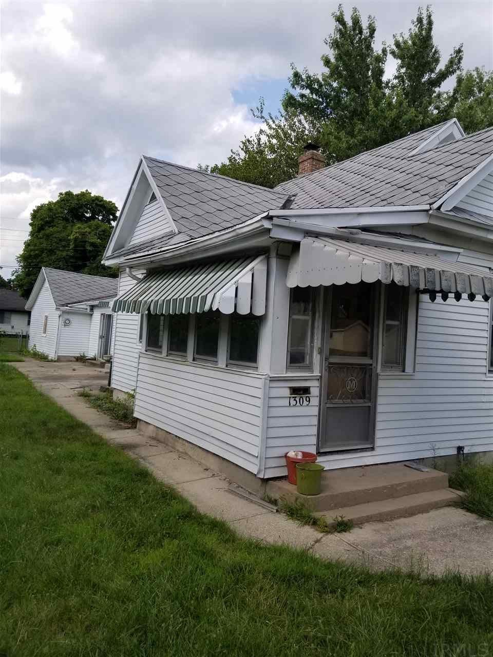 1309 Sorin, South Bend, IN 46617