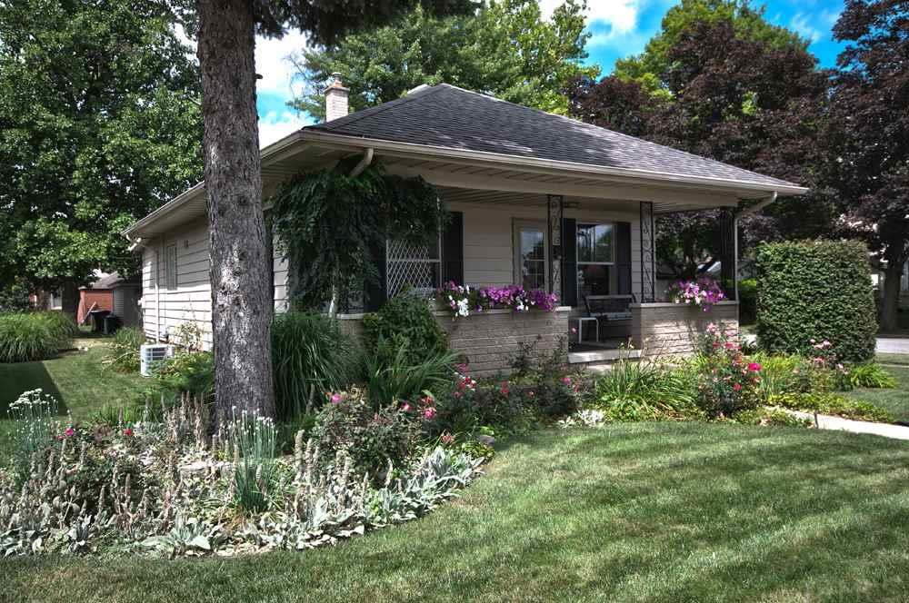 801 S 28th, South Bend, IN 46615