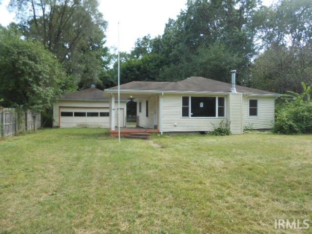 10250 Glenwood, Osceola, IN 46561
