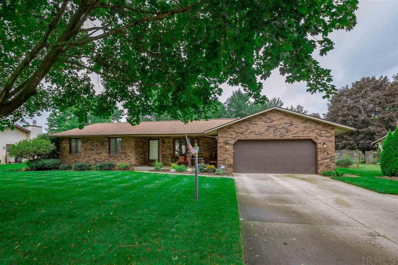 51767 E Gatehouse South Bend, IN 46637