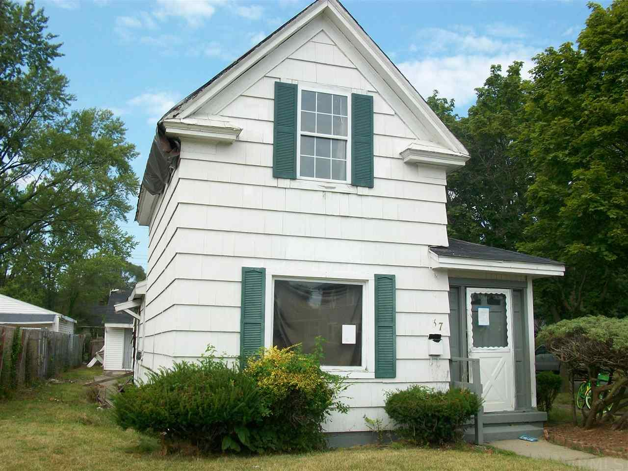 737 N Johnson South Bend, IN 46628
