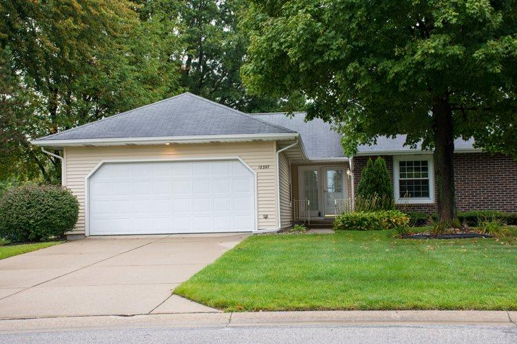 18397  Crownhill Dr South Bend, IN 46637