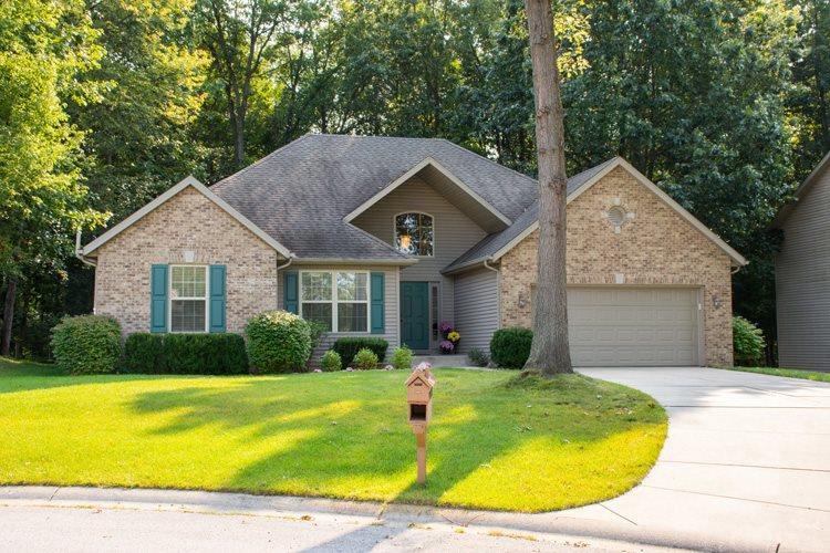 53064  Wildlife Ct. South Bend, IN 46628
