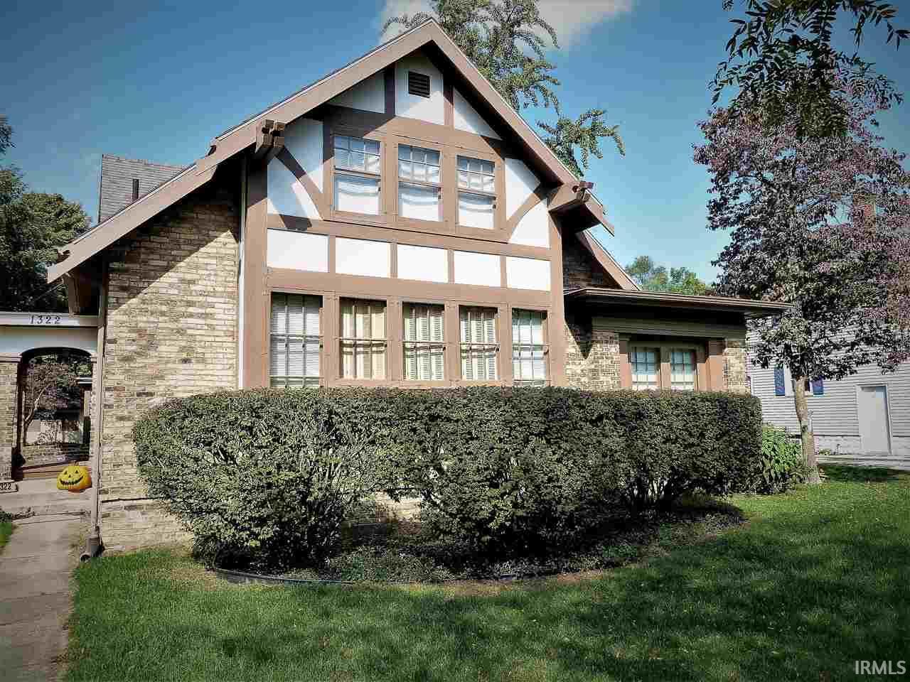 1322 W Lexington Elkhart, IN 46514