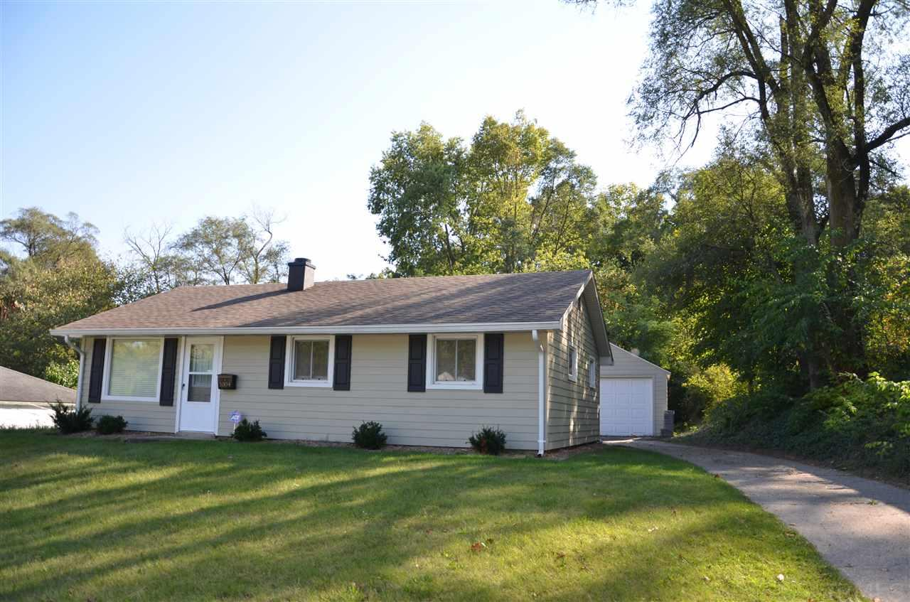 1004  Lancaster South Bend, IN 46614