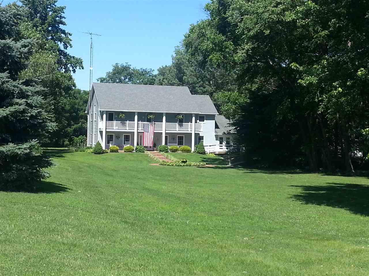 818 N Howell Salem, IN 47167