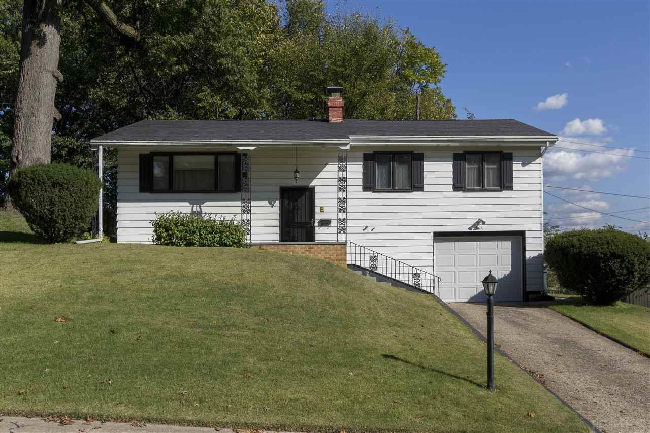 3611  Brentwood South Bend, IN 46628