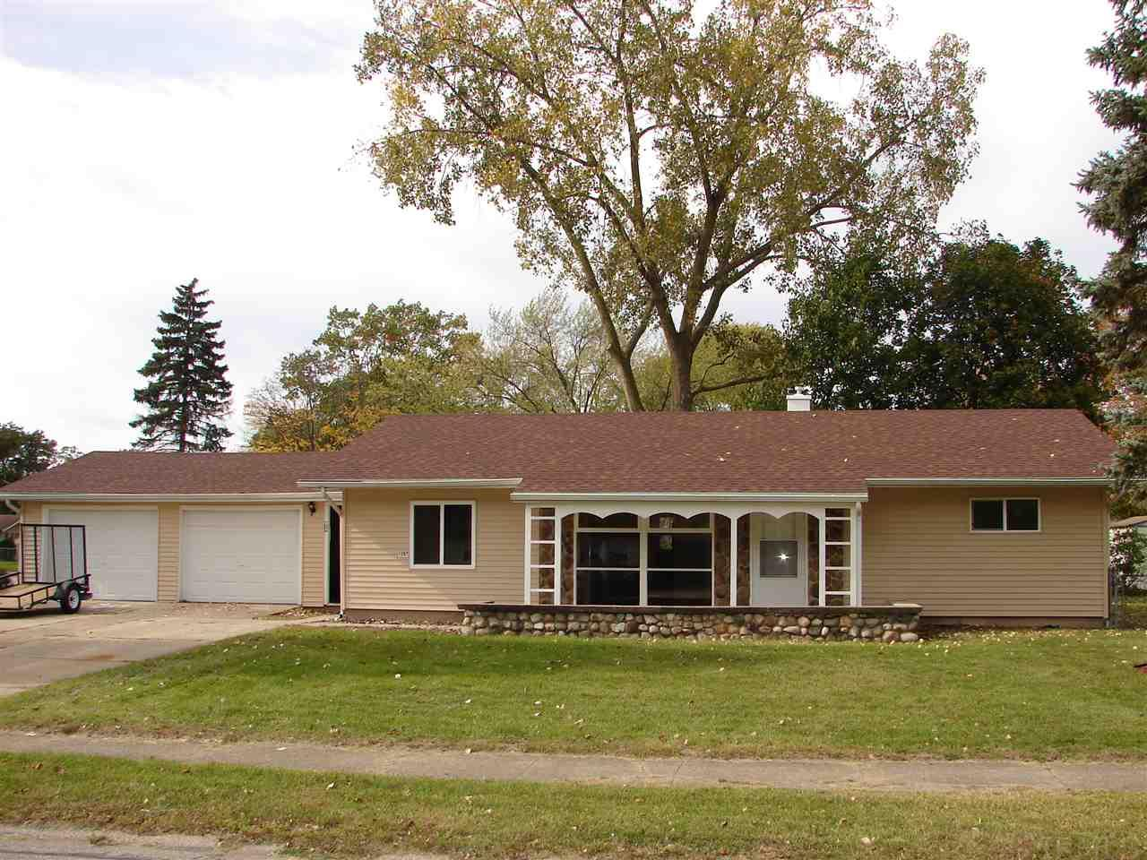1207  Manchester South Bend, IN 46615
