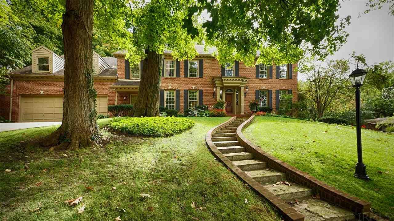 1122  Stratford Place South Bend, IN 46614
