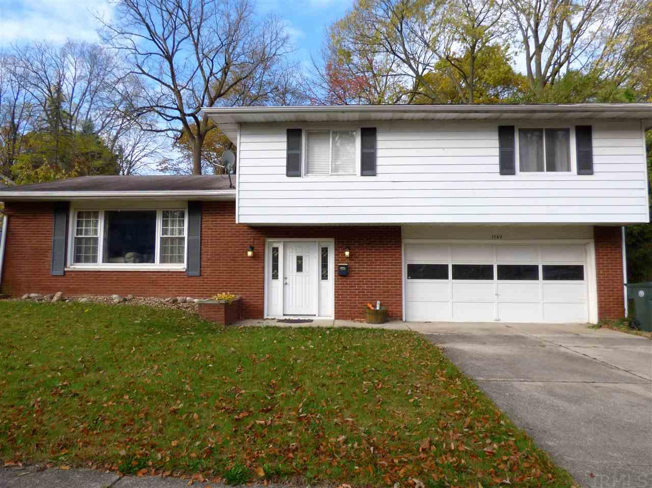 1160  Echo South Bend, IN 46614