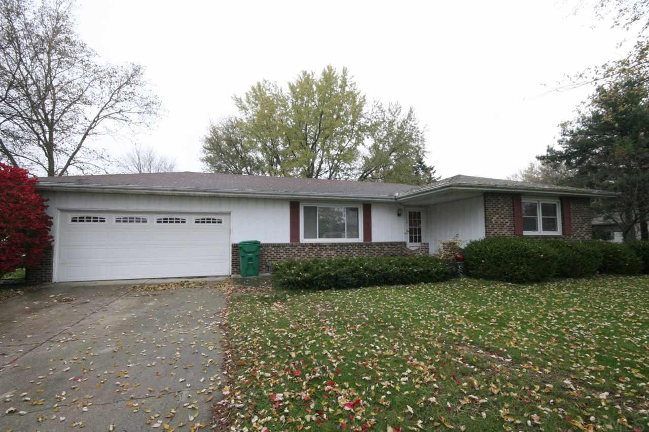 52269  Country Acres Elkhart, IN 46514