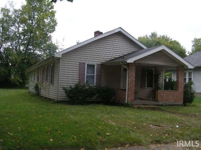 1622 E Dayton South Bend, IN 46613