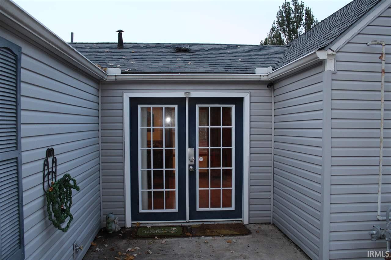 1854  Altgeld South Bend, IN 46614