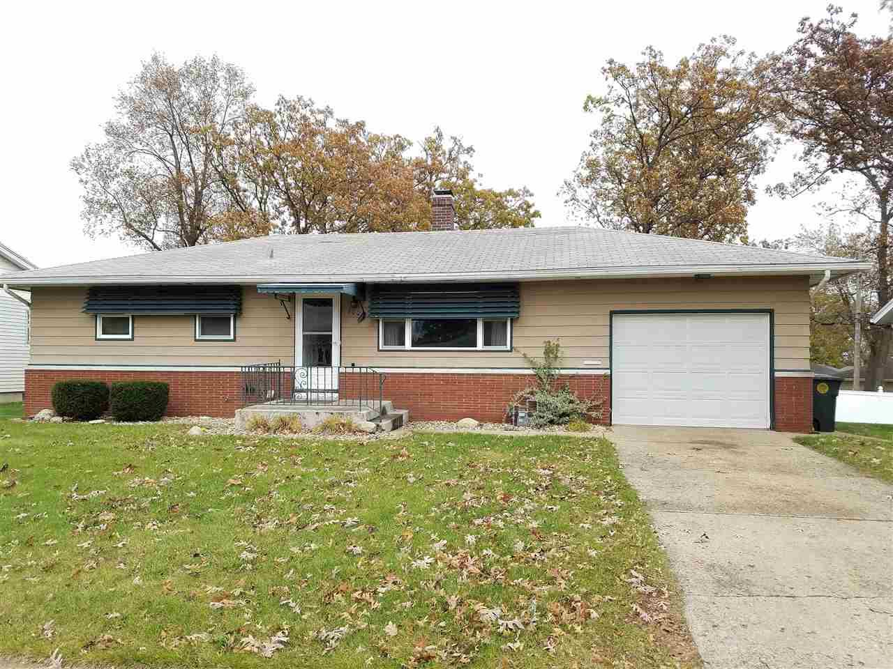 1004  Woodbine South Bend, IN 46628