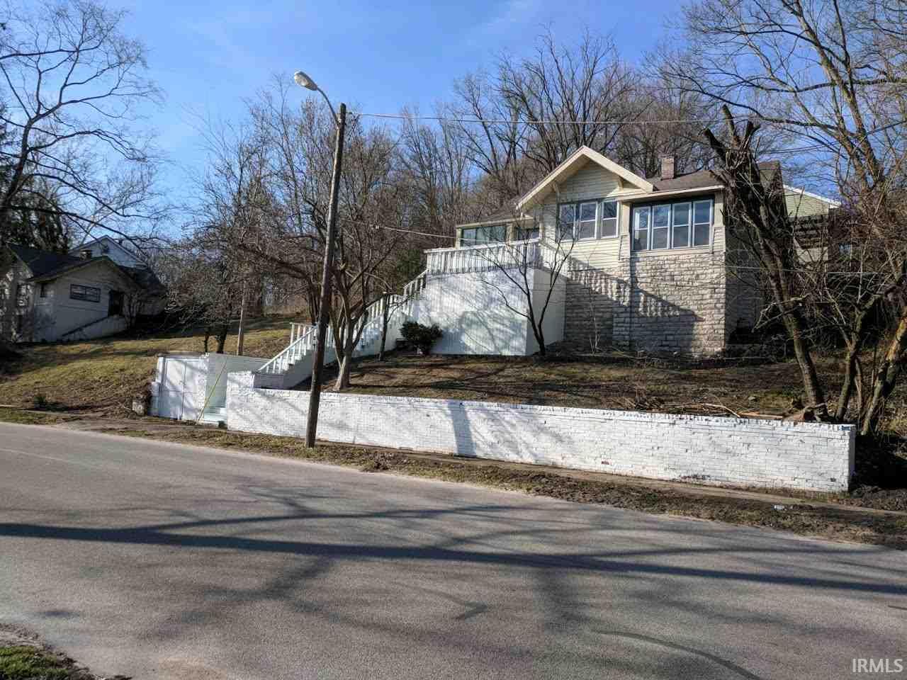 109 W Hillside, Spencer, IN 47460