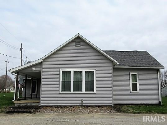 109 E 4 th, Burnettsville, IN 47926