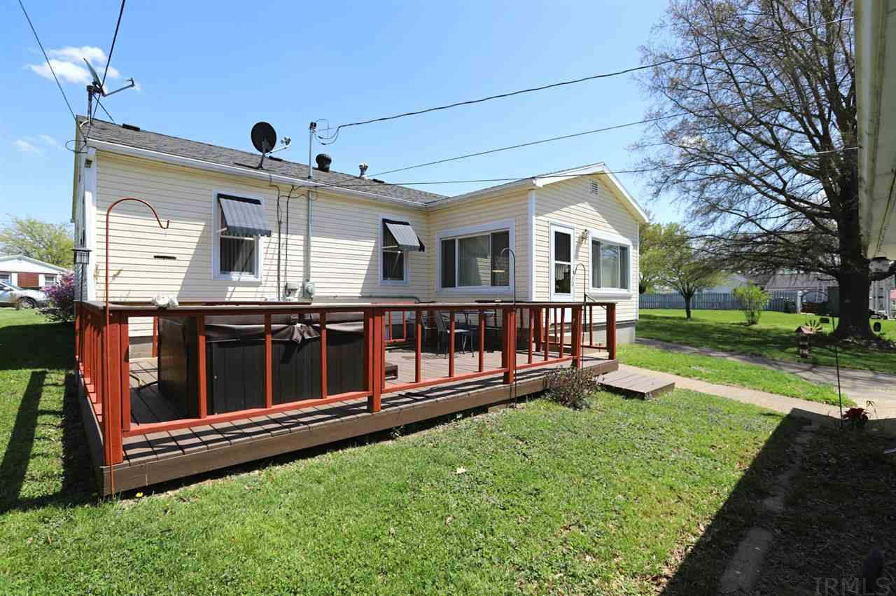 1203 S Fourth, Boonville, IN 47601-2129