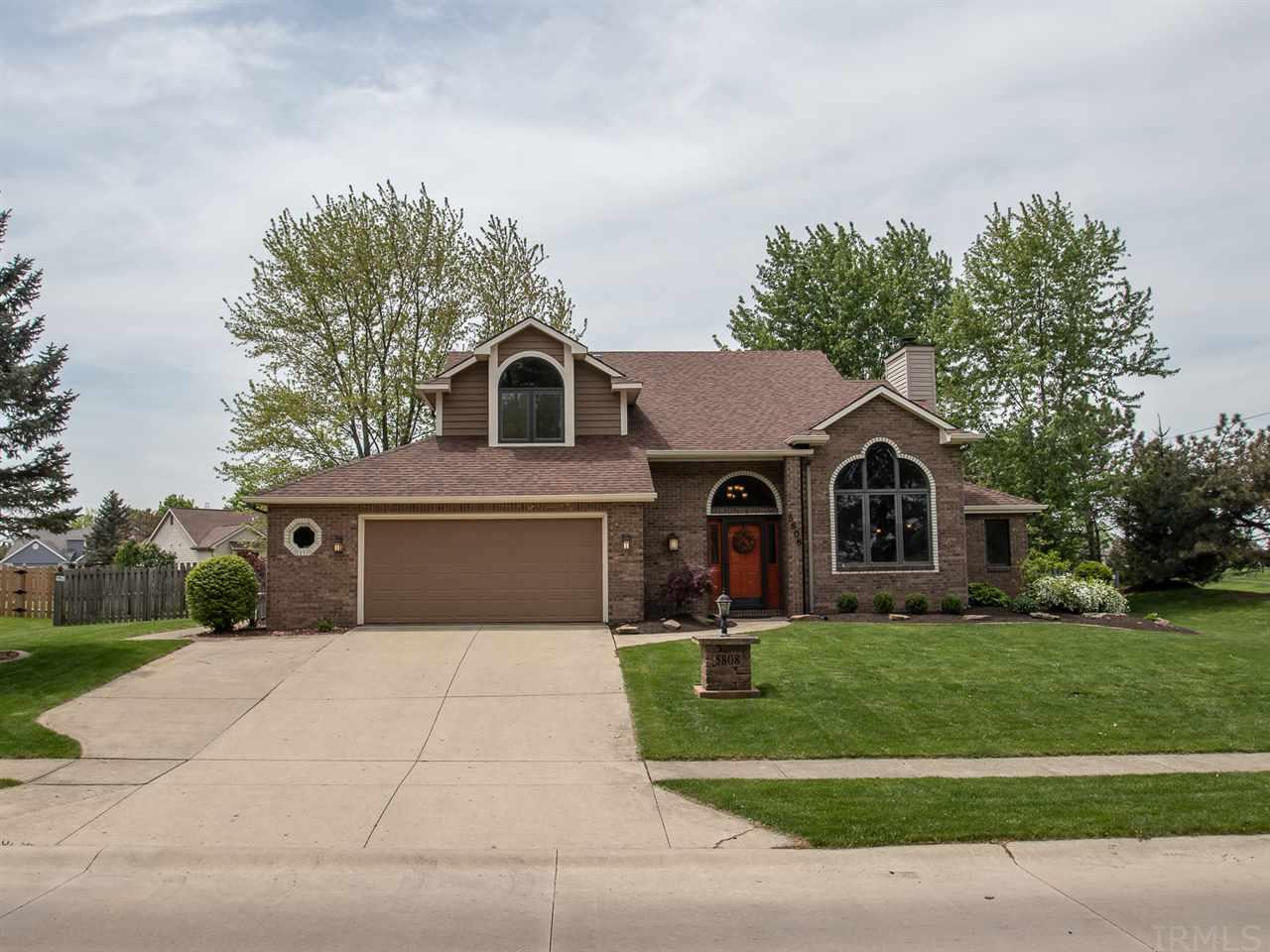 5808 Eagle Creek, Fort Wayne, IN 46814-3206