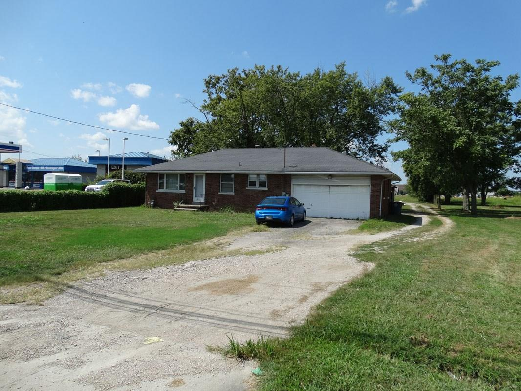 610 N Burkhardt Road, Evansville, IN 47715