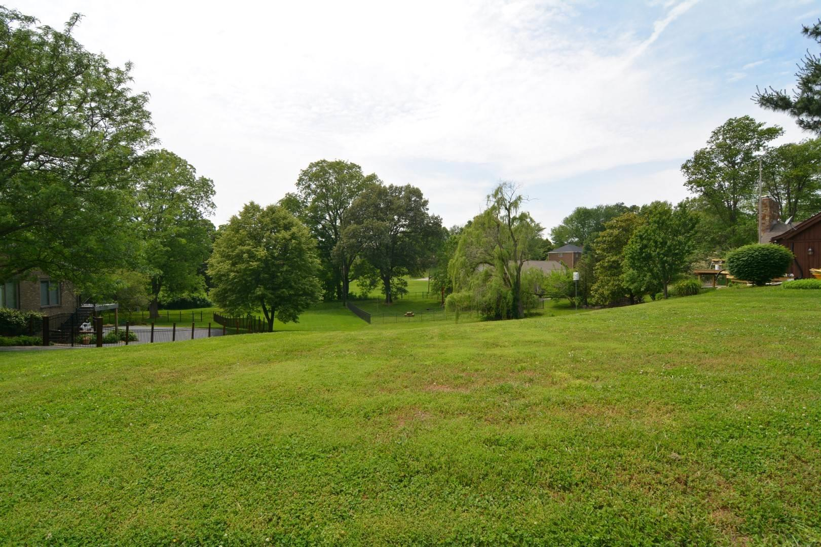 Lot 50 Old Stone House Estates, Newburgh, IN 47630