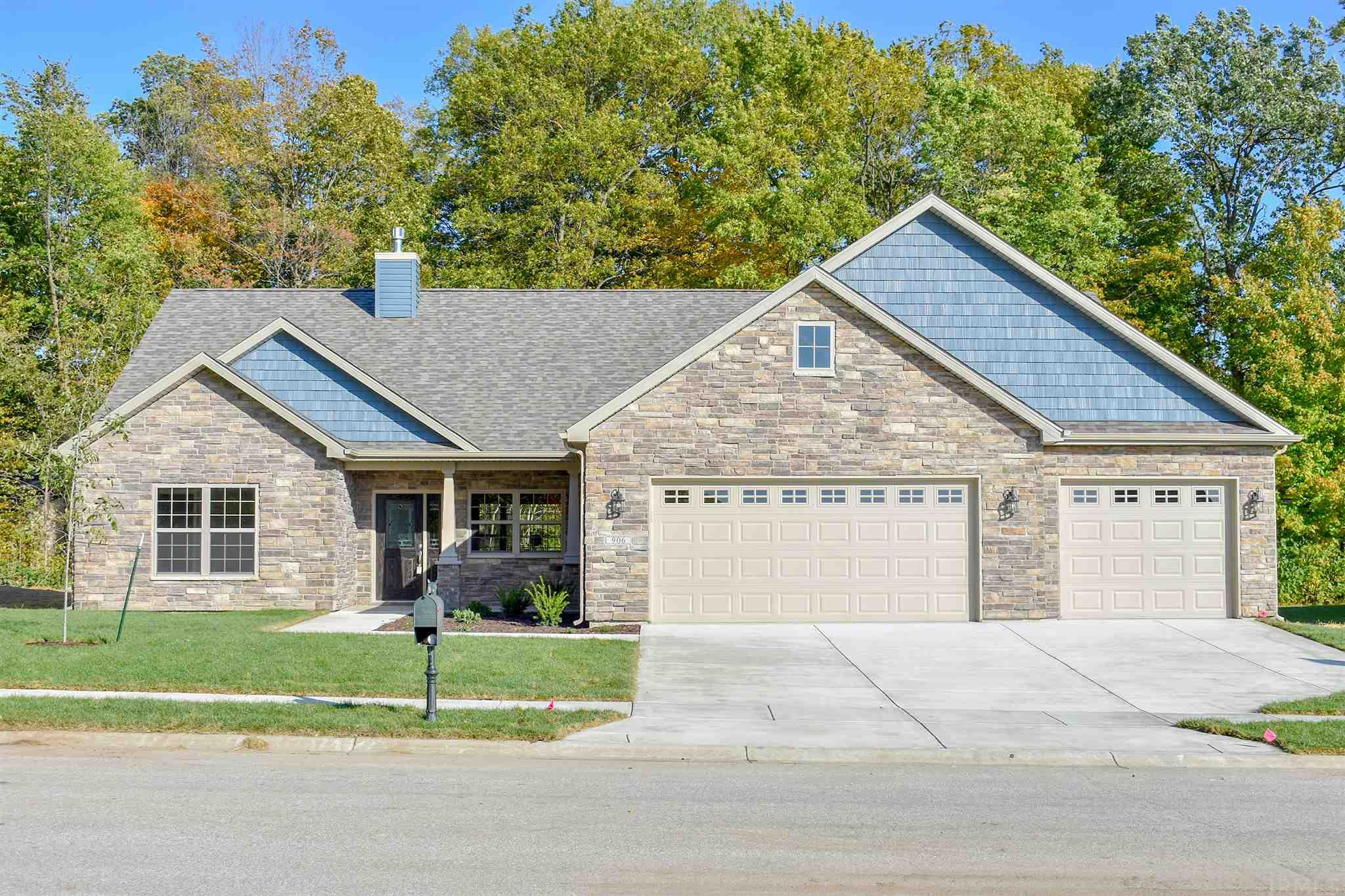 906 Bluegrass Trail