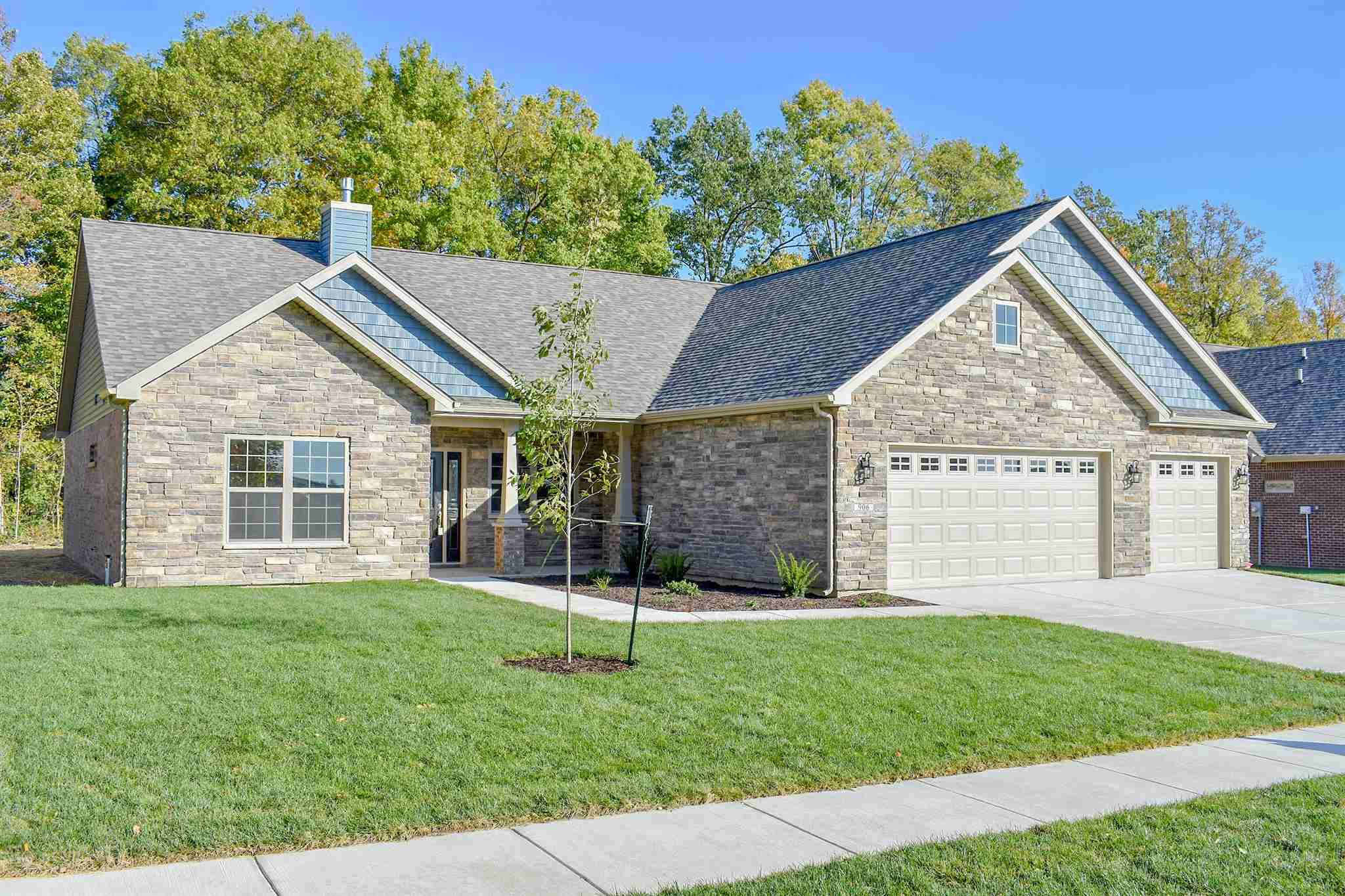 906 Bluegrass Trail, Kokomo, IN