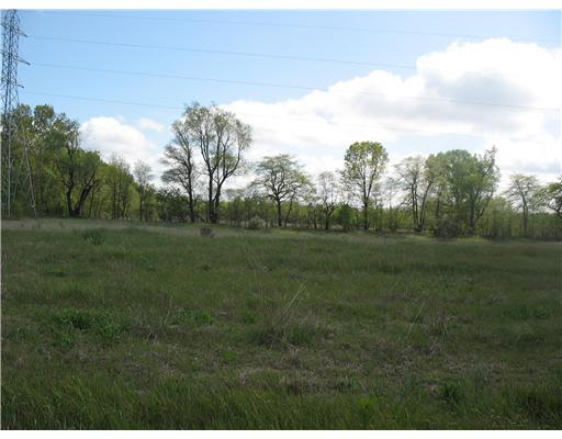 Lot 20 COUNTRY FARM, South Bend, IN 46619