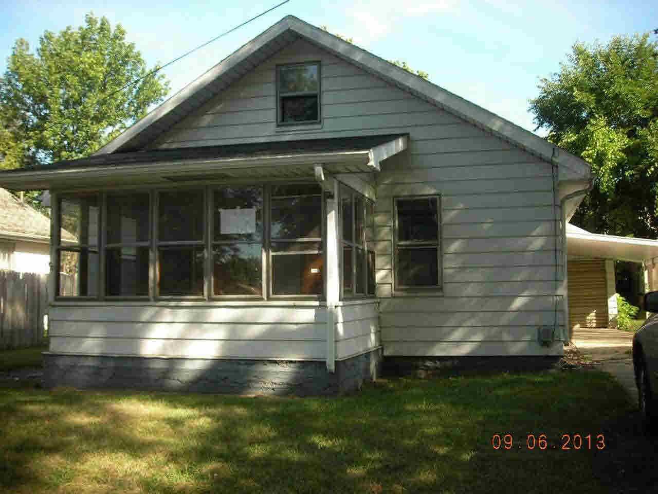 1663 E Dayton South Bend, IN 46613