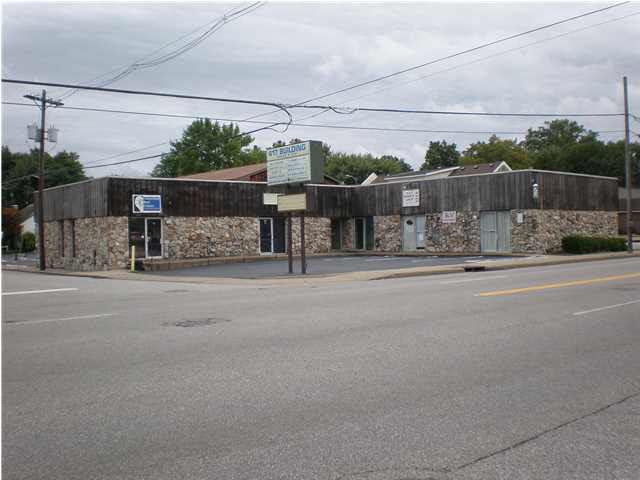 417 Weinbach Ave