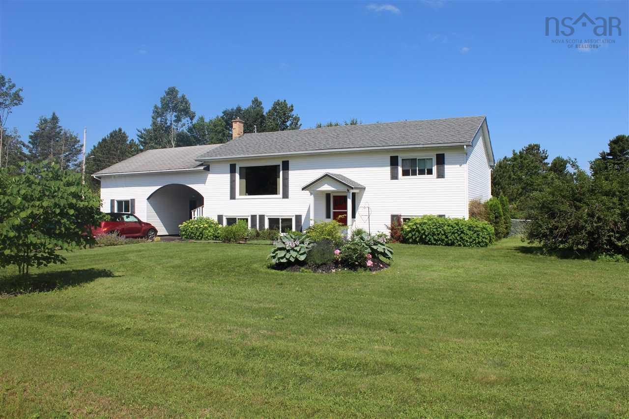 27 Aldred Road. Wilmot, Nova Scotia, Canada