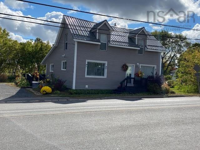 1959 South Main Street, Westville, Pictou, NS, United States B0K 2A0, 2 Bedrooms Bedrooms, ,2 BathroomsBathrooms,Residential,For Sale,1959 South Main Street,202020709