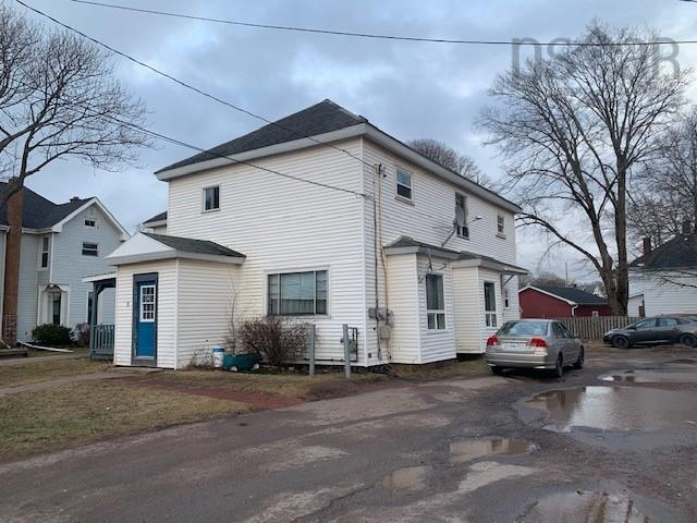 9 Spring Street, Amherst, NS B4H 1R6, ,Multi-unit,For Sale,9 Spring Street,202106695