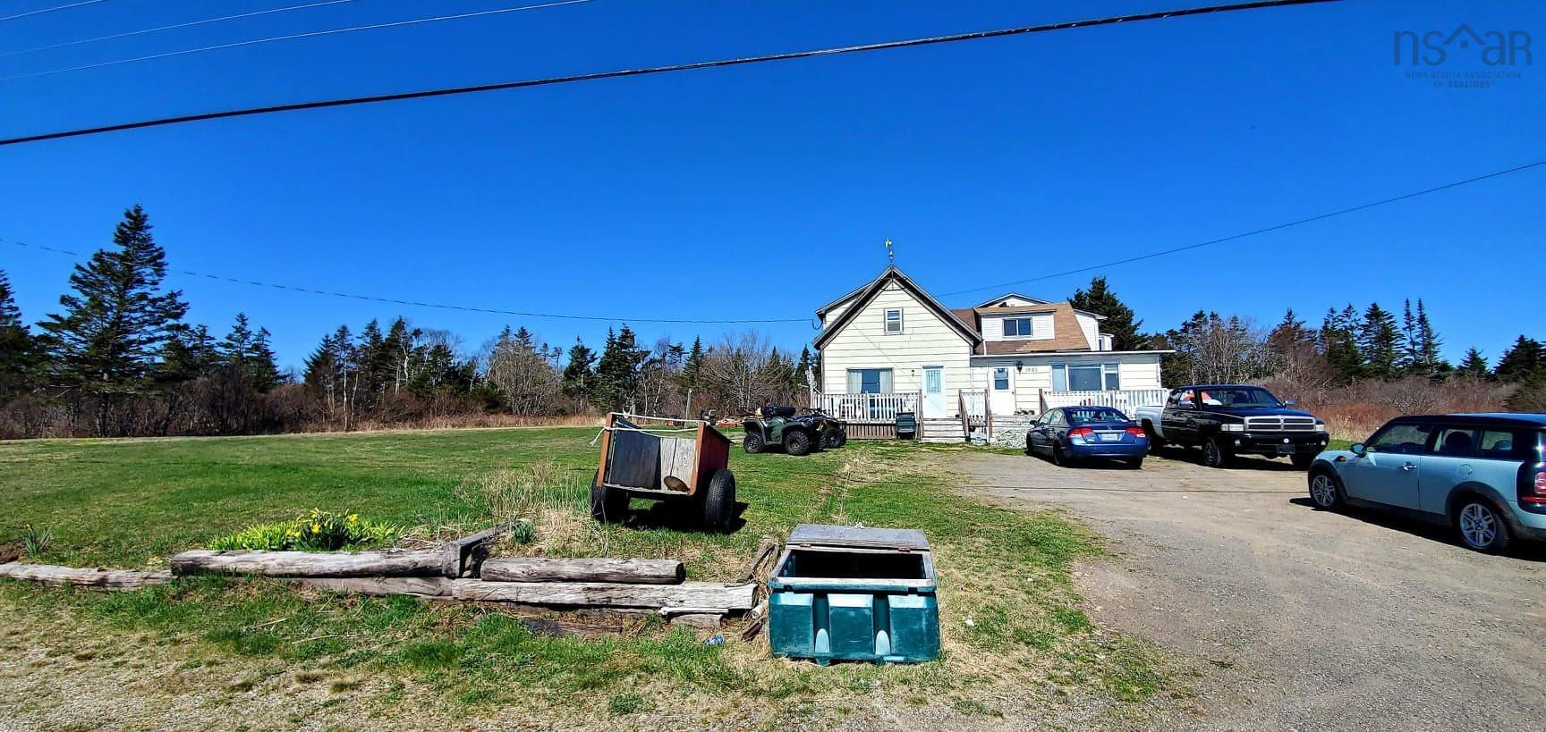 1823 217 Highway, Central Grove, NS B0V 1B0, ,Multi-unit,For Sale,1823 217 Highway,202109798