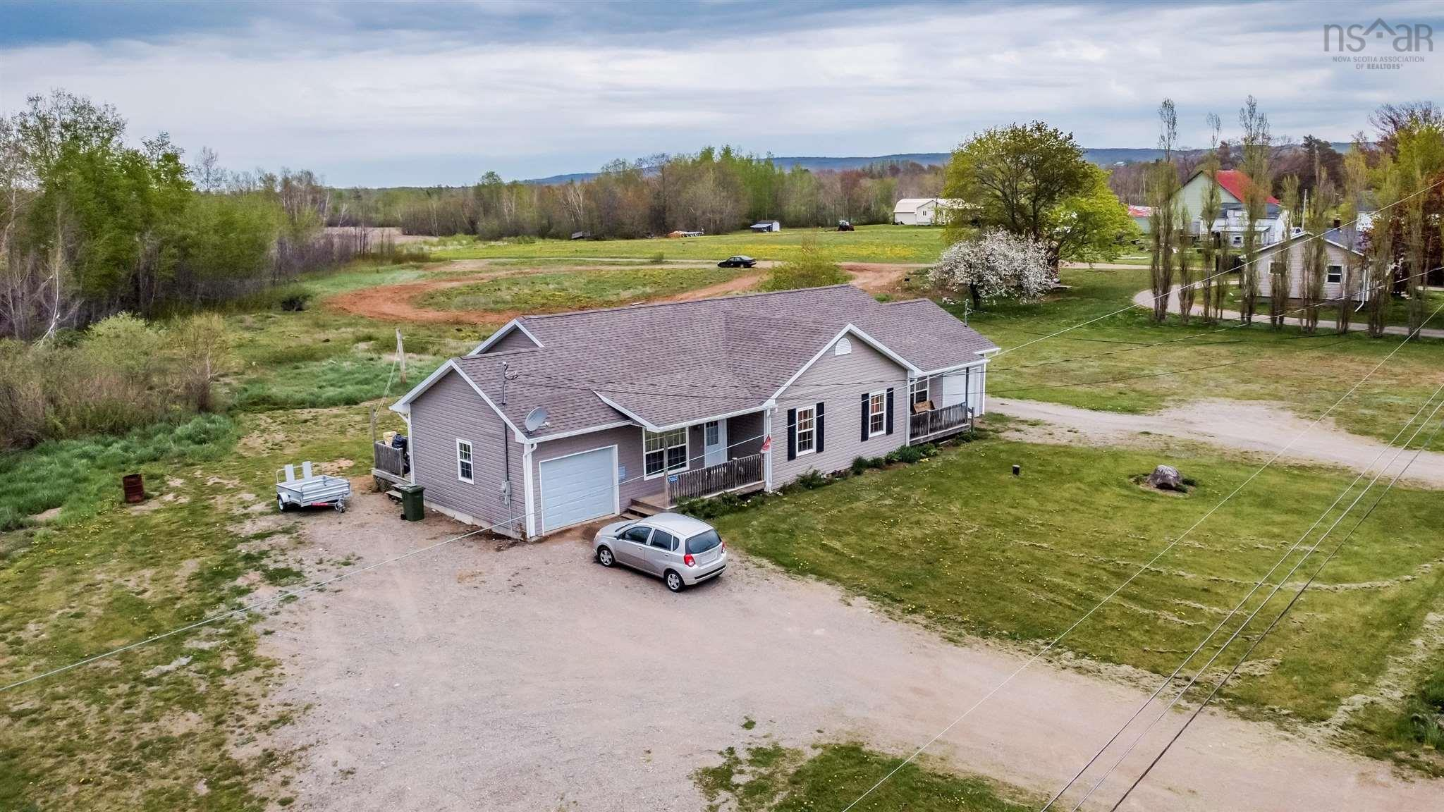 7058 & 7060 Aylesford Road, Aylesford, NS B0P 1C0, ,Multi-unit,For Sale,7058 & 7060 Aylesford Road,202109870