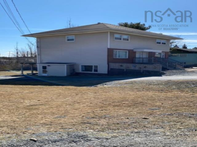 301 Highway 2, Enfield, NS B2T 1E1, ,Multi-unit,For Sale,301 Highway 2,202110781