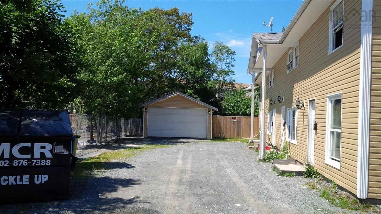 130 Pinecrest Drive, Dartmouth, NS B3A 2J9, ,For Sale,130 Pinecrest Drive,202111282